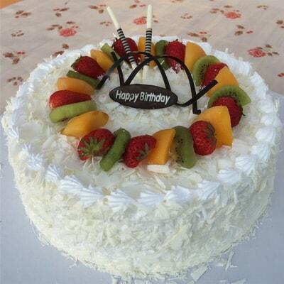 由于蛋糕属于手工制作,每位蛋糕师傅制作工艺有所不同,实物可能会与图